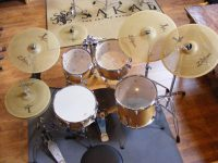 cymbals low